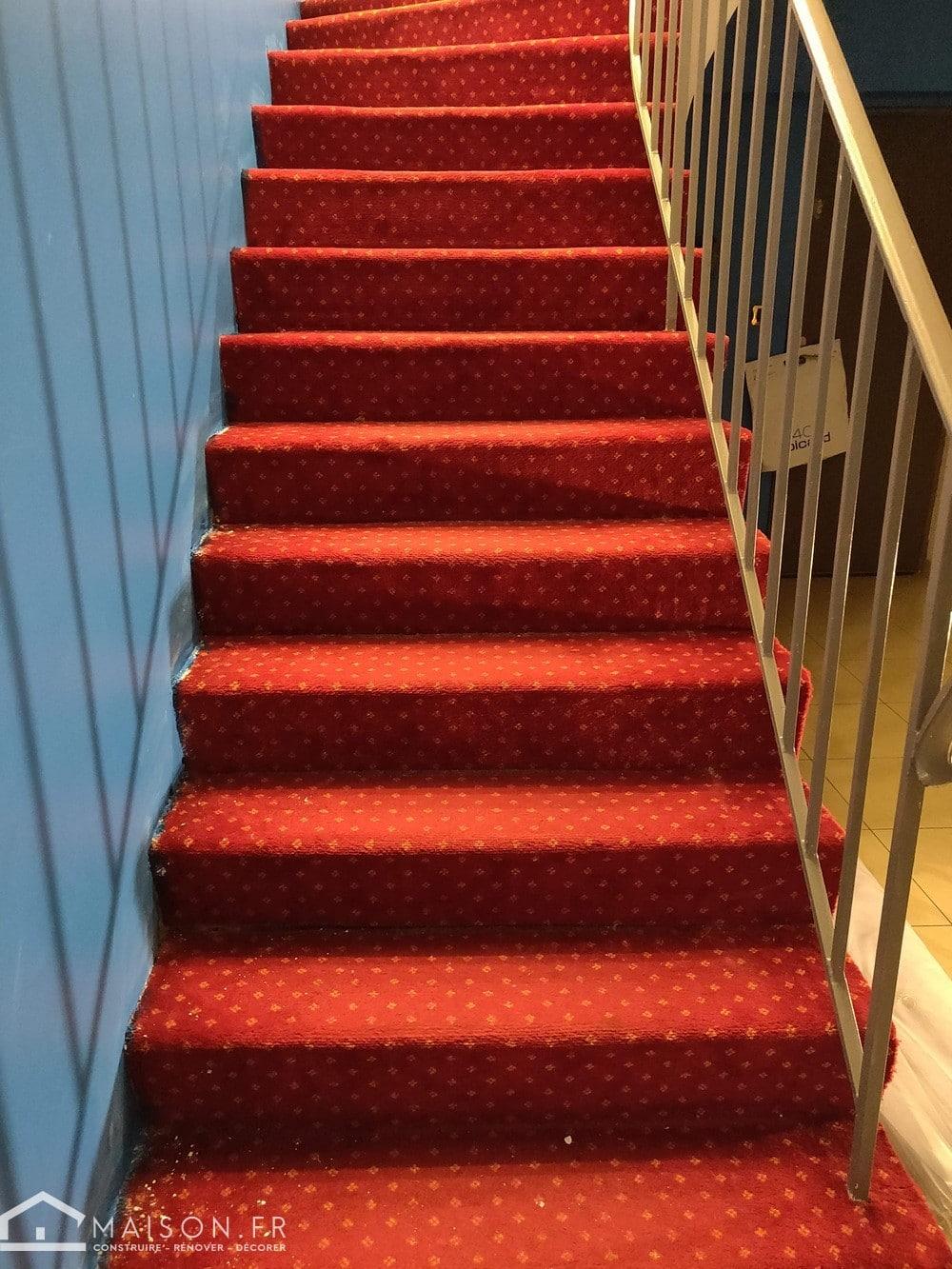 refaire un escalier en moquette 2